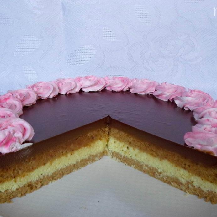 pesak torta sa ganache kremom