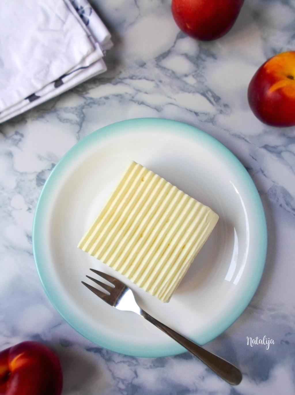 Jednostavni voćni kolač