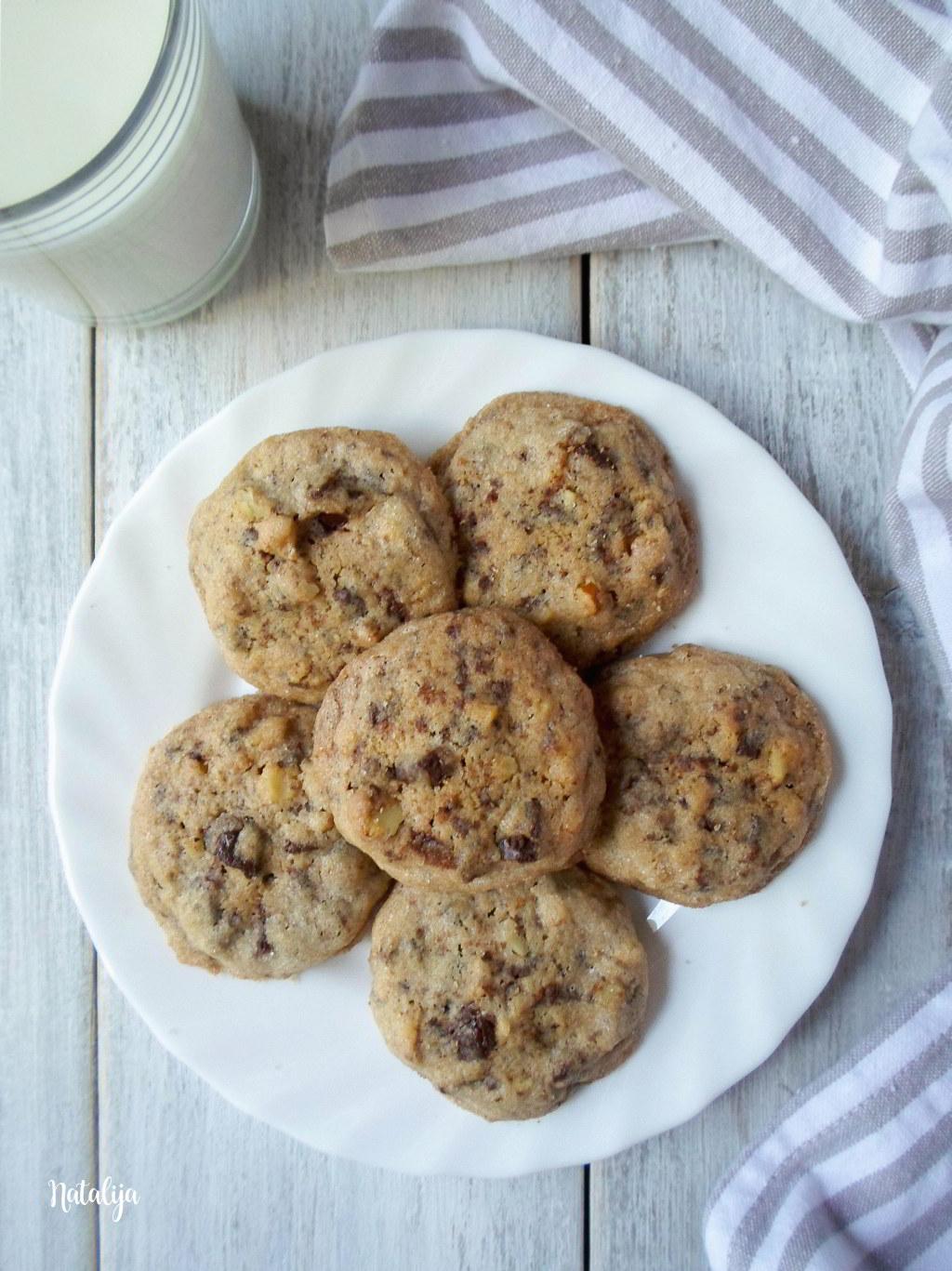 Cookies sa orasima i čokoladom