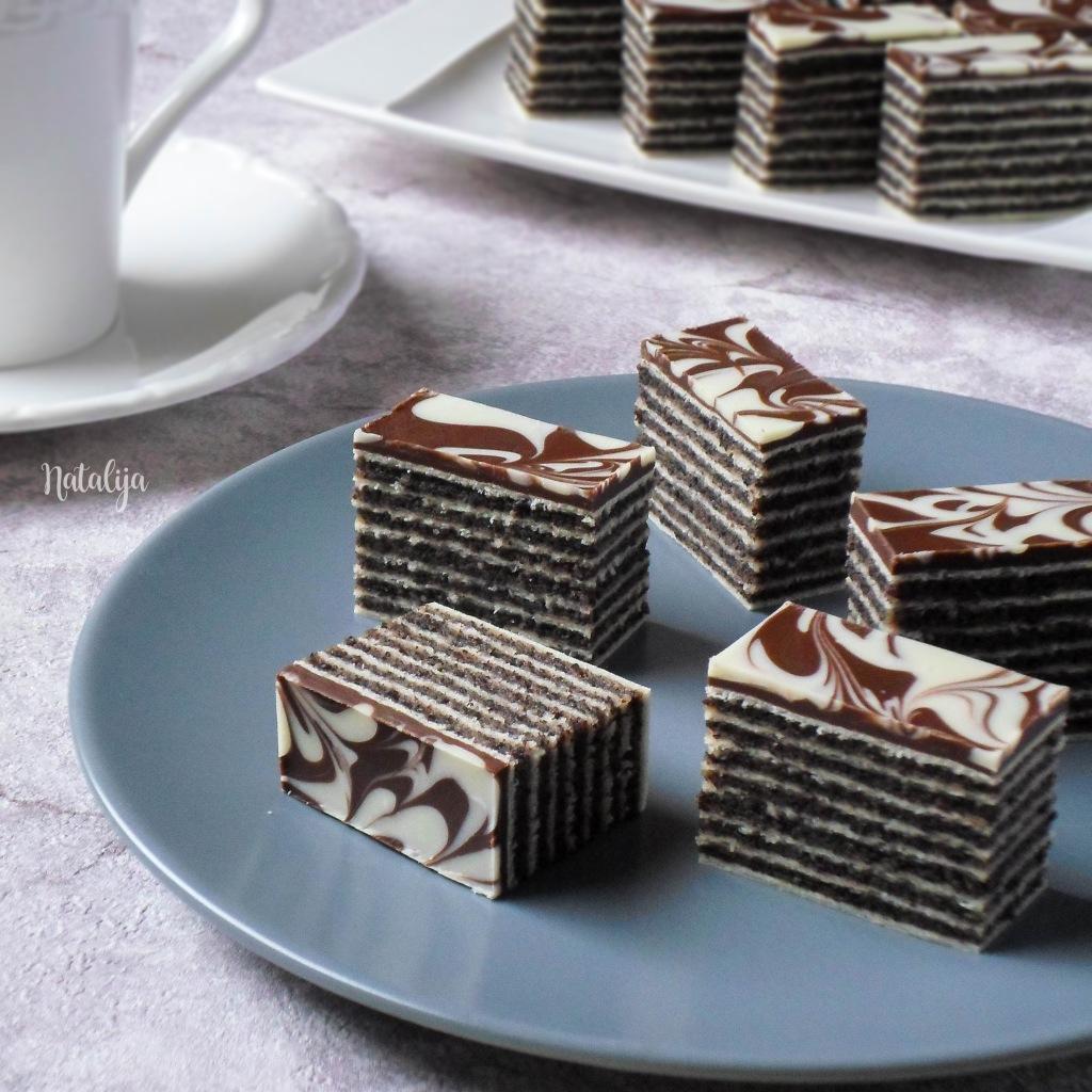 Rozen kolač sa makom i čokoladom