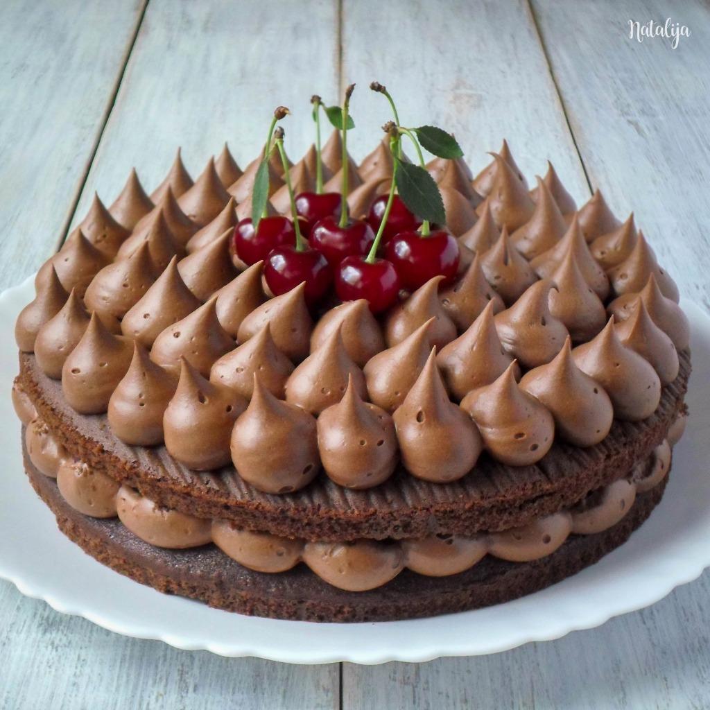 Ultra čokoladna torta sa višnjama