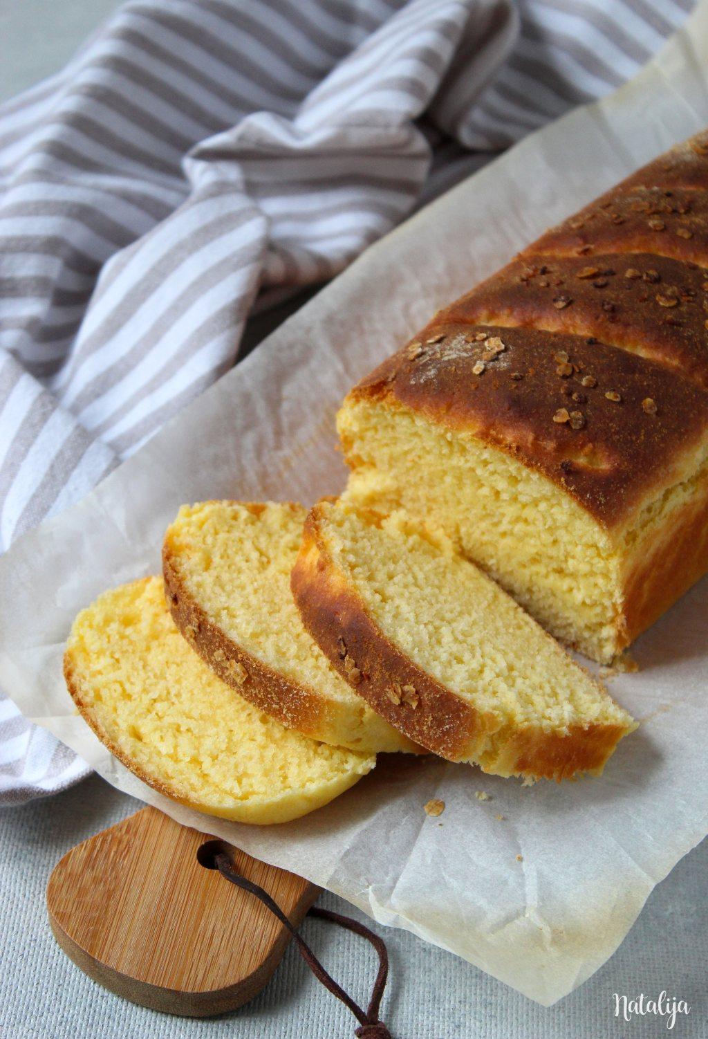 Mekani kukuruzni hleb