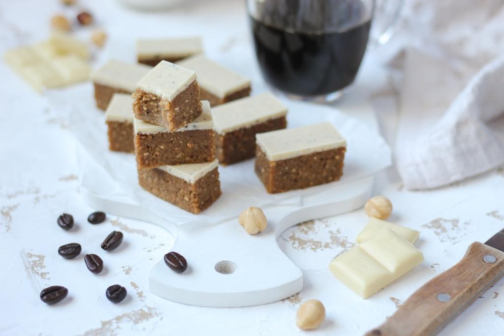 Bajadera sa kafom i belom čokoladom 5