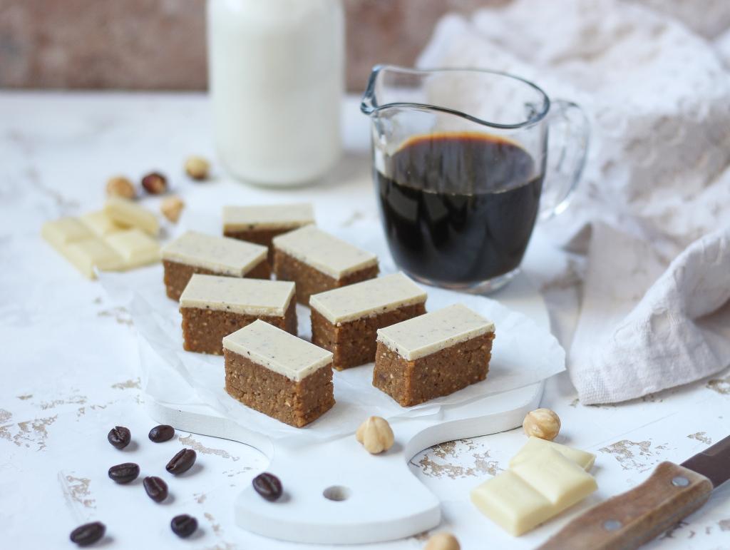 Bajadera sa kafom i belom čokoladom 3
