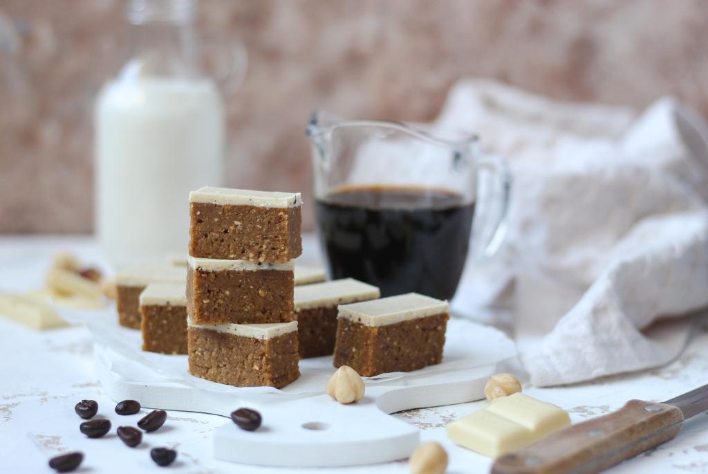 Bajadera sa kafom i belom čokoladom 4