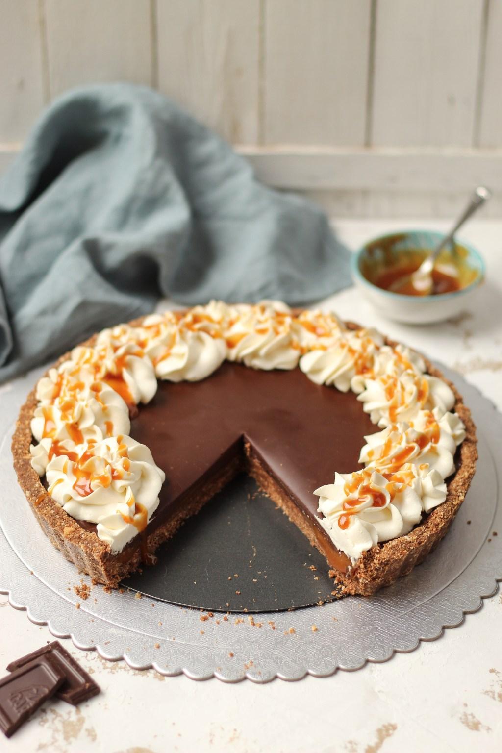 Čoko-karamel tart sa mascarpone kremom 5