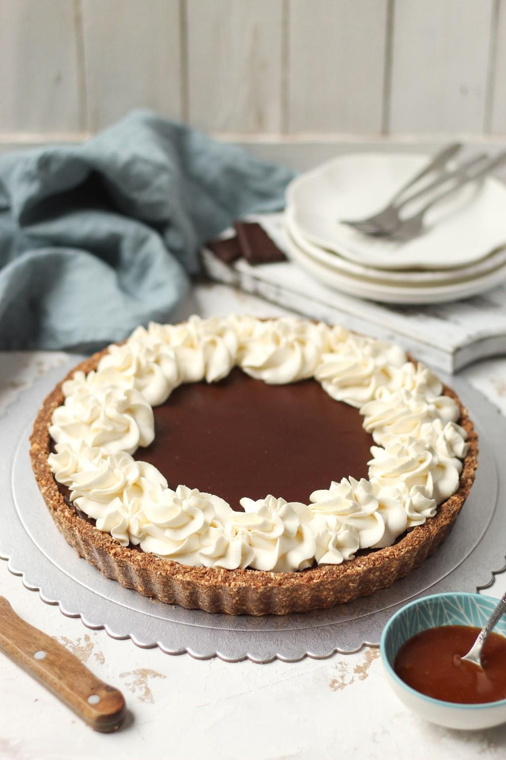 Čoko-karamel tart sa mascarpone kremom 1