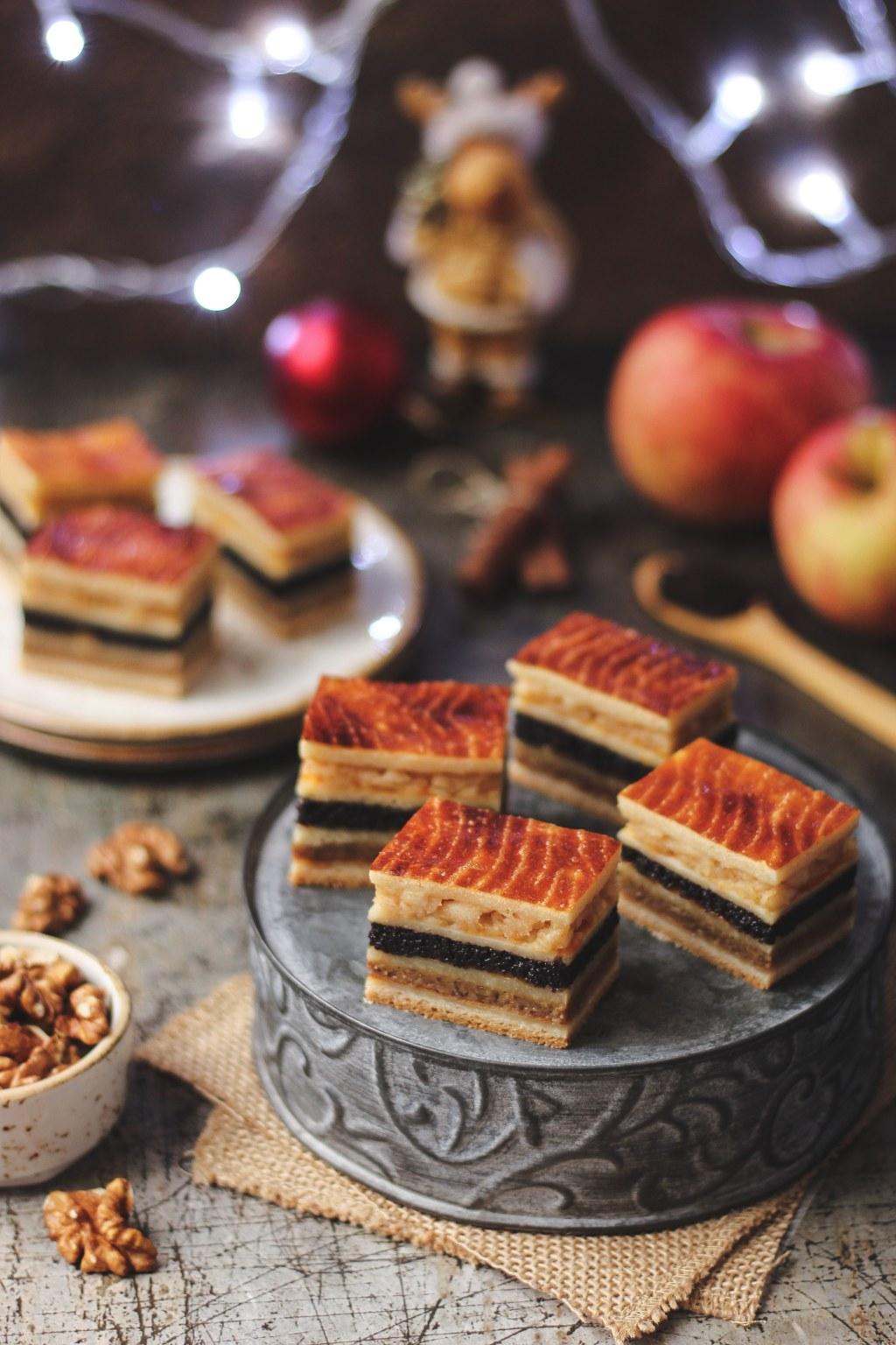 Flodni - pita sa orasima, makom i jabukama 5
