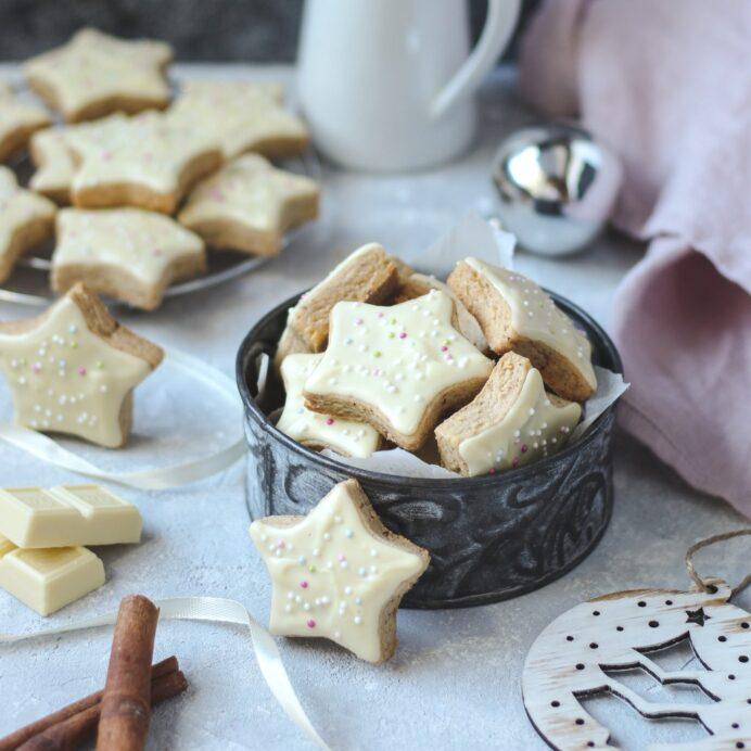 Cimet zvezdice sa belom čokoladom 1